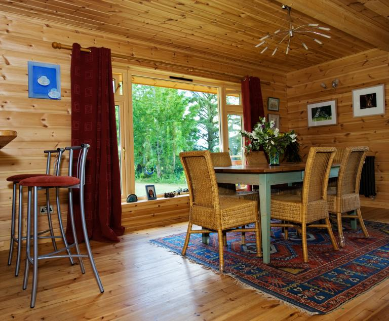 Log_Cabin_Ireland_Livingston_6.jpg