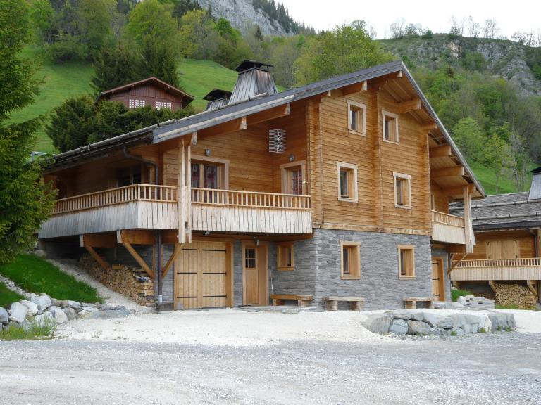 Log_House_France_Chalet_Cascade_2.jpg
