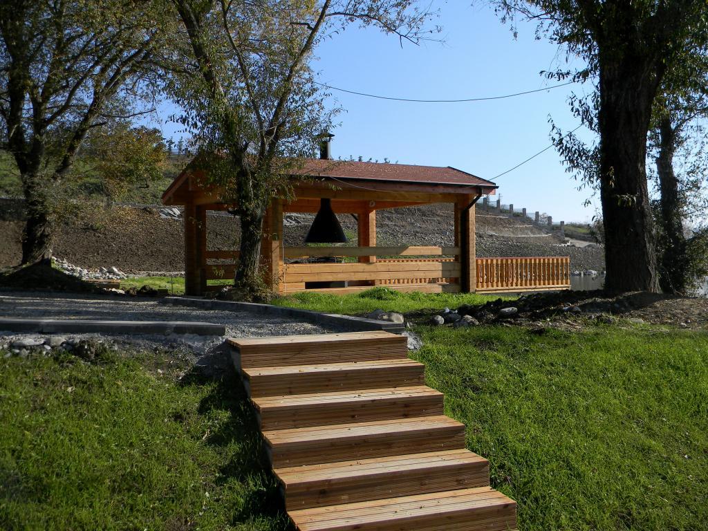 Artichouse Lake House